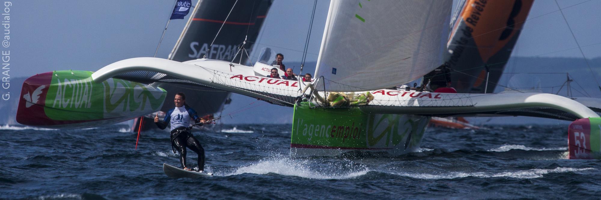 Grand Prix Petit Navire 2010 Alex CAIZERGUES en Kite Surf et Yves LE BLEVEC sur Actual -  Multi 50